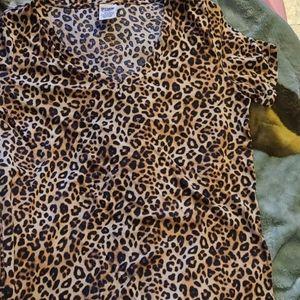 Vs pink medium pre owned cheetah